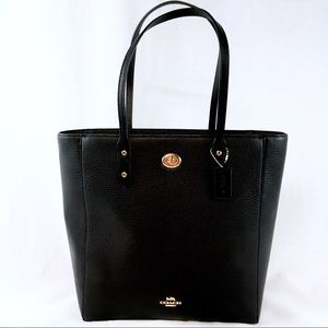 COACH PEBBLE LEATHER TOWN TOTE Black